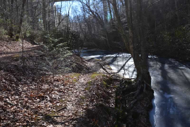 Round Meadow Overlook Trail Blue Ridge Parkway